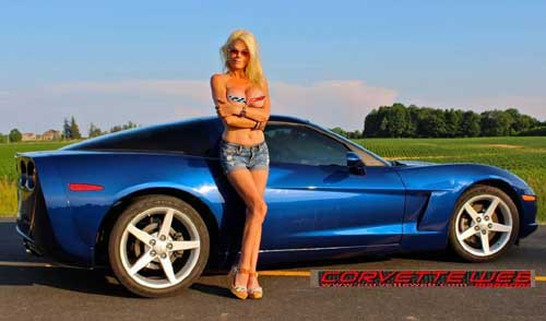 vette girl of the month